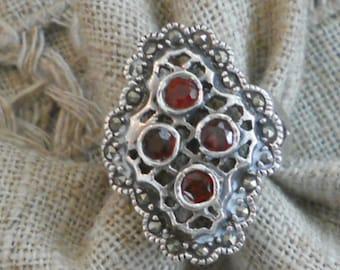 Vintage silver garnet marquisite ring