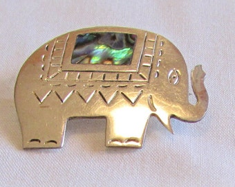 Mexico Alpaca and Abalone Elephant Pin
