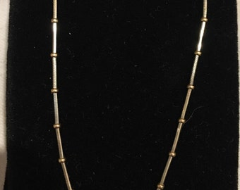 """9ct yellow and white gold necklace 16"""" 40cm"""