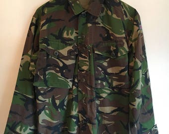 Vintage army jacket // camouflage shirt // military