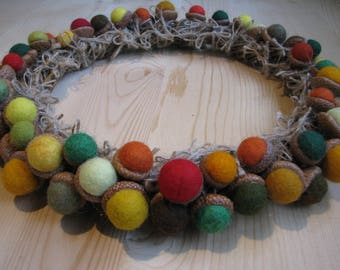 Wreath of felt balls acorns, d 28cm, natural acorn caps, 1,2-2,5cm felt balls, autumn colors, home decorations