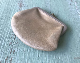 Vintage Coin Purse, Leather Coin Purse, Leather Pouch, Tan Leather Coin Purse, Tan Coin Purse, Coin Purses, Small Coin Purse, Kiss Lock