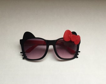 Girls kitty sunglasses