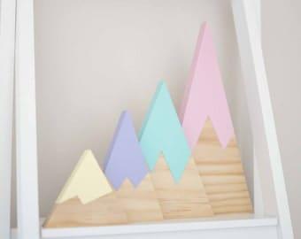 Pine Mountains, Set of 4, pastel colours