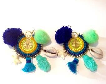 Earrings blue macrame