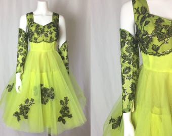 Medium ** 1950s LIME GREEN black lace tulle cupcake dress and gloves ** vintage fifties prom dress