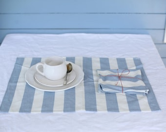 LIMITED EDITION Handmade white/blue striped linen table placements inspired of living by the Sea