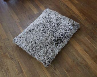 Plush frosted shag cat pillow bed, comfy cat mat, Cat bed pillow style!