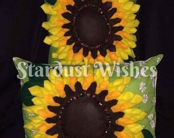 Sunflower cushion cover, sunflower, home decor, throw cushion, cushion cover, flower pillow, scatter cushion, bed cushion, wildlife