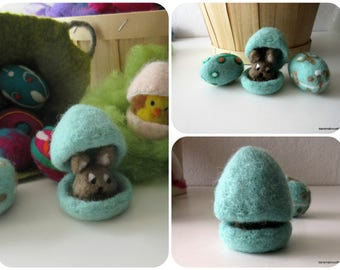 Easter egg and his Bunny, felted wool, Easter decoration