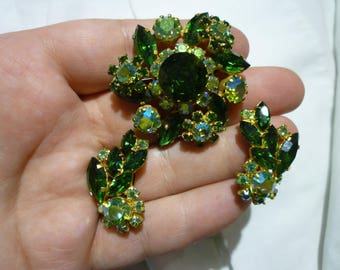 E19 Vintage Austrian Made Emerald & Lime Green Rhinestone Brooch with Matching Clip-on Earrings.