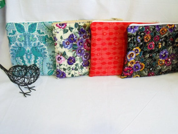cosmetic bag, make up pouch, craft tool holder, pencil case, small quilted bag, project bag, zipped pouch,