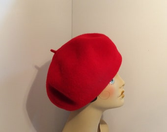 Woman's Red French Beret/Tam 100% Wool Garbo Look