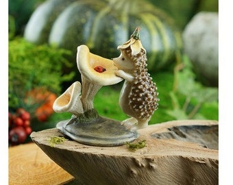 Fairy Garden  - Hedgehog With Ladybug - Miniature