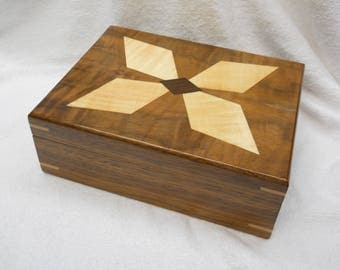 walnut keepsake box #110