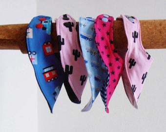 Pink Baby Bib, Bandana Bib, Baby Girl Bib, cactus, bibdana, cotton bib, children's bib, jersey bib, baby shower gift