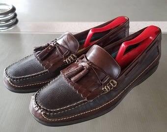 SALE Vintage Men's Johnston Murphy Loafers Sheepskin Kiltie Tassel Slip On Shoes 9 1/2 Med with Rochester shoe shapers sz M-4