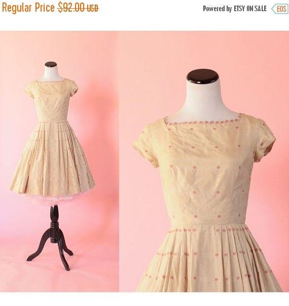 SALE 15% STOREWIDE 1950s floral silk dress/ 50s short sleeve sundress/ extra small xs
