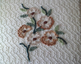 """Vintage Martex Cabin Crafts Tufted Chenille Bedspread Cotton Full Size 96 x 106"""" White with Brown Flowers Cutter or Use"""