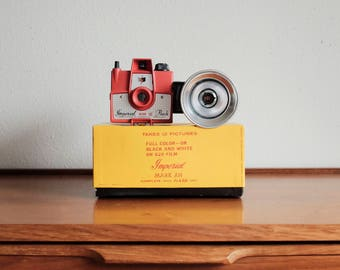 Vintage Imperial Mark XII Camera + Original Box, Flash, and Booklets. Red