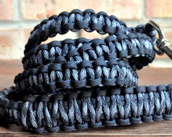 Black and Grey Paracord 6ft Dog Leash