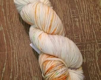 Hand Dyed Superwash Merino DK/Light Worsted Yarn Wool, 100g/3.5oz, 'Mary Jane'