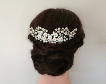 Flower hair comb, pearl hair comb, flower wedding hair comb, wedding hair piece, bridal hair comb, bridal hair piece, gold hair comb