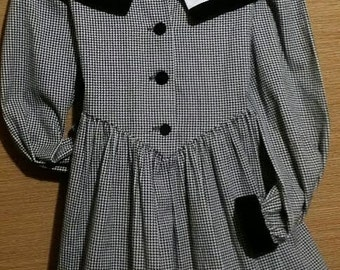 Little girl 80's vintage, gingham traditional holiday dress.