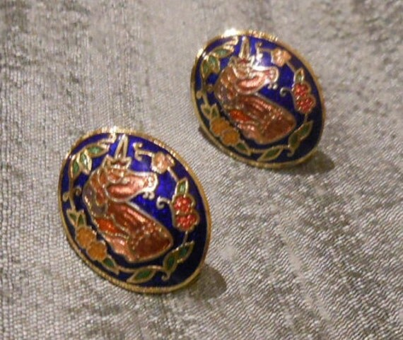 UNICORN ENAMEL STUDS -  Cloisonne - Vintage - earrings - studs - 1970's - mythical creature - fantasy - gold tone