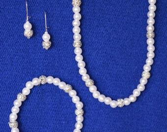 Simple Elegant Necklace, Bracelet and Drop Earrings