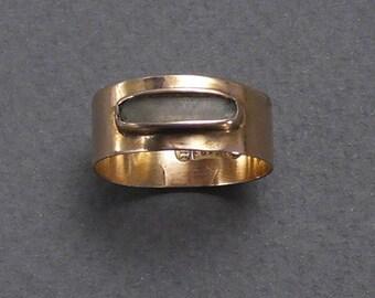 15ct English 1858 hair ring size 6