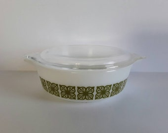 Pyrex Square Flowers 1 Pint Covered Casserole #471