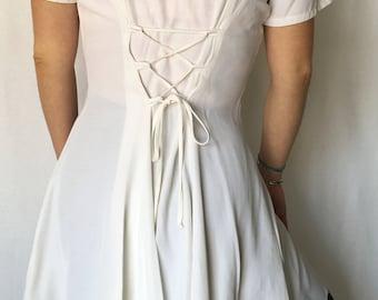 Vintage 1990s White Short Sleeve Dress / Size (M)