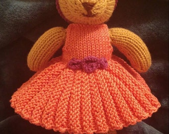 Bear Ballerina.   Miss Betty Bear the prima ballerina!  Hand Knitted to order with love for you to treasure.