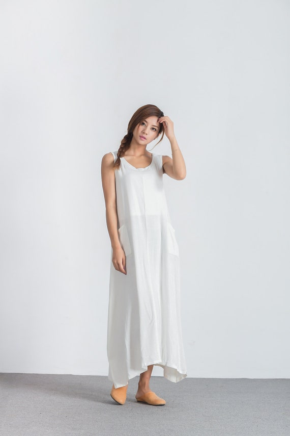 White women 39 s loose fitting dress oversize bridesmaid for Loose fitting wedding dresses