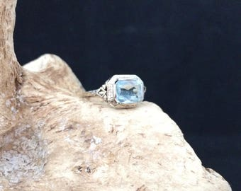 Vintage Aquamarine and 14k gold Filagree ring.