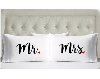 Set of Mr and Mrs Pillowcases - Wedding Present - Couples Pillowcases - Wedding Shower Gift - Newlywed - Anniversary Gift