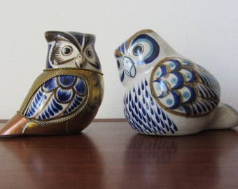 TONALA - Folk Art white ceramic Owl hand painted in cobalt blue, baby blue and brown - Made in Mexico - 1970s