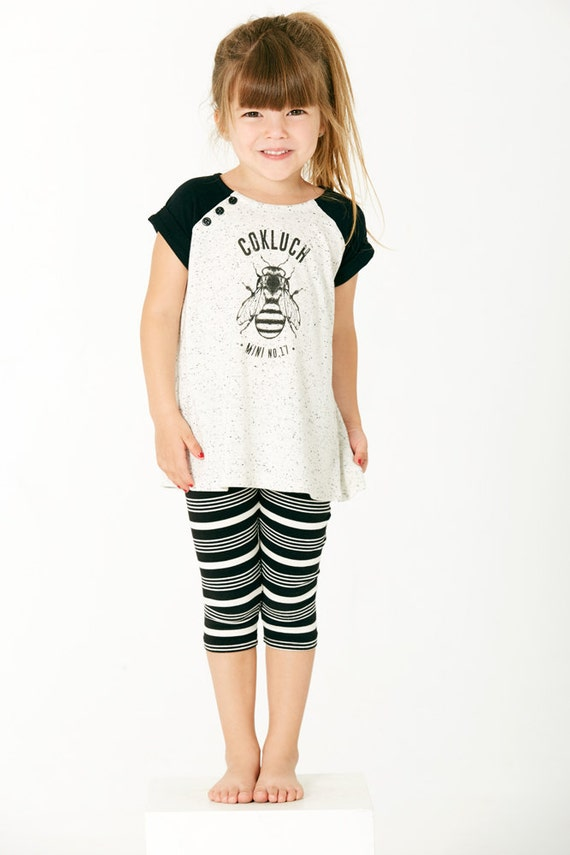 GLISSADE - short-sleeve flared tunics with Cokluch Mini No.17 bee, baseball long-shirt, black and textured white