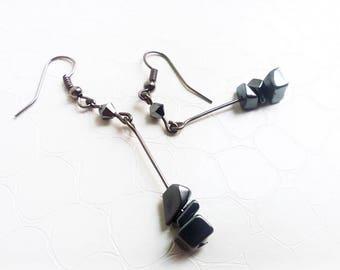 Earrings 'Estelle' - Hematite gemstones and Swarovski crystals - Dark, black earrings - Gothic chic - Gift for her - Handmade jewelry