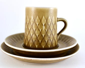 Quistgaard Relief the cup, saucer and small plate from Kronjyden and Nissen