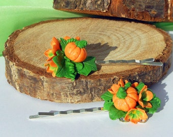 Cute Hair Clips Pumpkin handmade polymer clay / Halloween bobby pin Gift for her Small cute bobby pin pumpkin Thanksgiving Gift for girls