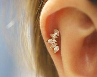 14K Gold crown cartilage earring/Tragus piercing/Tiara cartilage piercing/Piercing/Helix Conch Daith piercing/CZ stud piercing/Crown earring