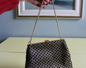 Stunning Vintage 1950s/1960s Black and Gold Lurex Evening Handbag.
