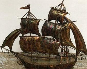 Vintage Sailing Boat Gold-Bronze Tornasol Tone Sailing Boat  Nautical Decor Gifts for Sailors