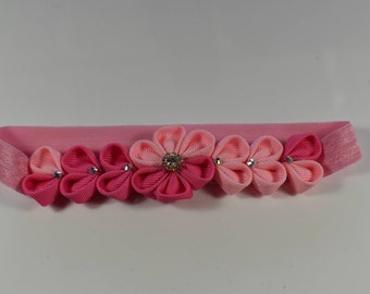 Kanzashi style headband. Hairclip. Pink/Lightpink flower hairclip accessory for toddlers,girls, teen and woman. On sale.