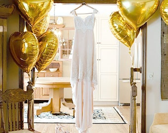 """GOLD Heart Balloons 