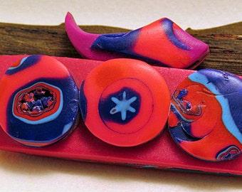Brooch. Bar brooch with top flourish. New Interstellar fun circles brooch.