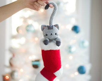 Chester the Christmas Cat Crochet Pattern