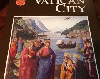 Vatican City Book by Edizioni Musei Vaticani, 1997